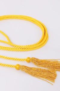 Cingulum with yellow tassels