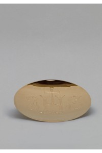 The brass paten 525