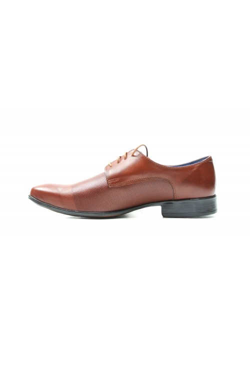 Brown shoes cards