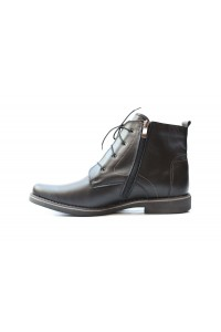Black boots for winter -...