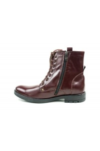 Cherry hiking boots for winter